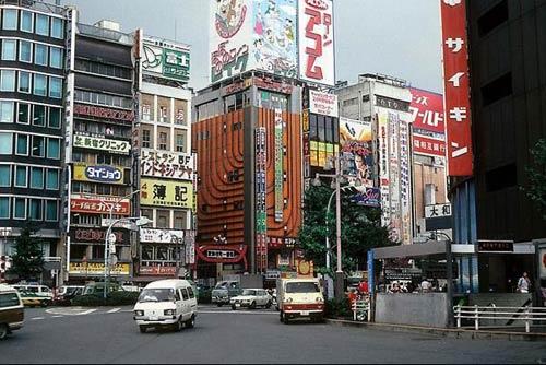 90年代的日本街头